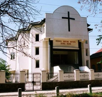 biserica-baptista-sfanta-treime-sebis.jpg