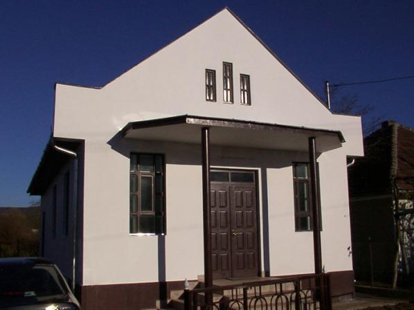 biserica-baptista-tranis.jpg